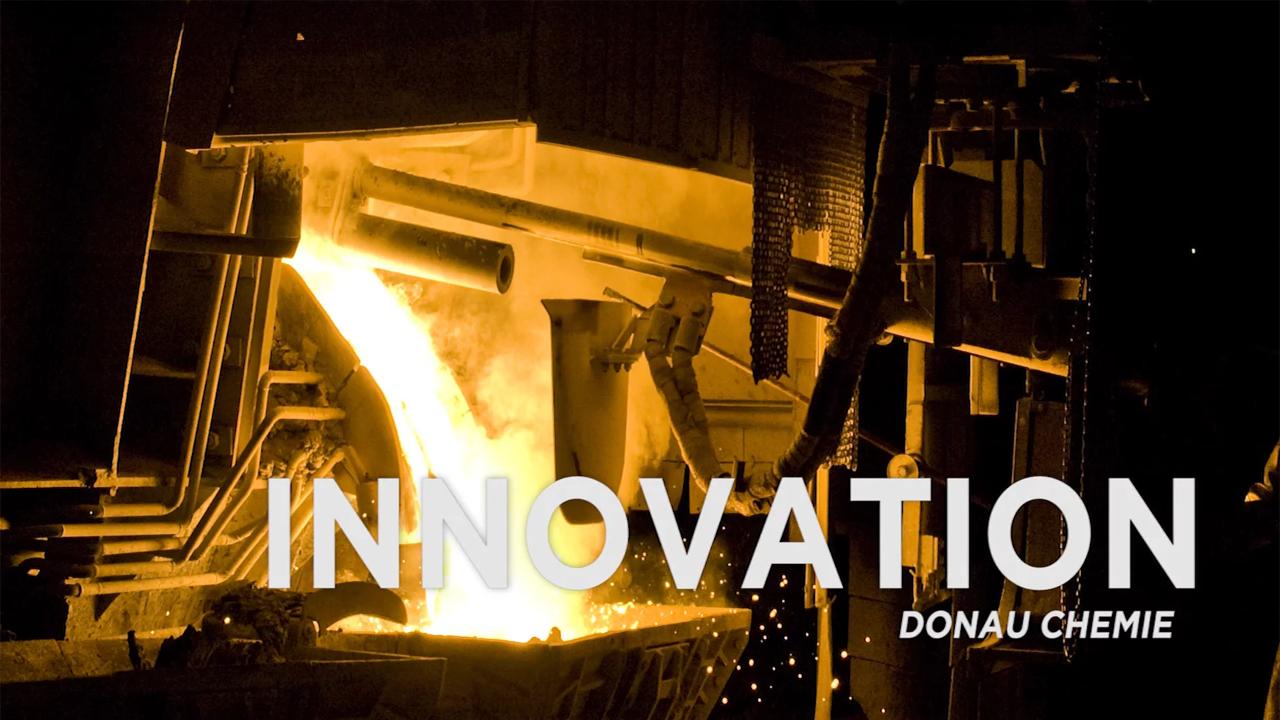 industriefoto metallschmelze titelfoto zu frandklincovey video produktionswerk donau chemie